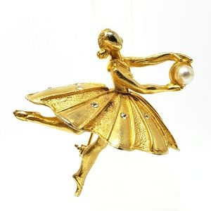 Vintage Gold Plated Ballerina Holding Pearl Brooch